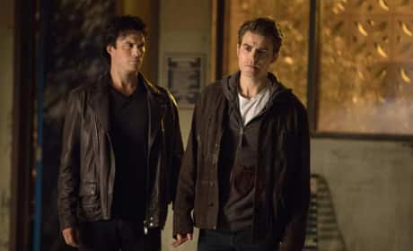 The Brothers Reunite On The Vampire Diaries