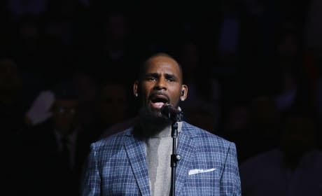 R. Kelly Sings