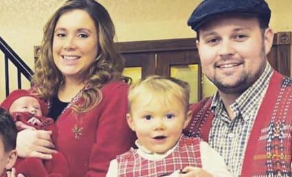 安娜和乔希·达格岩丑陋毛衣,炫耀新生儿