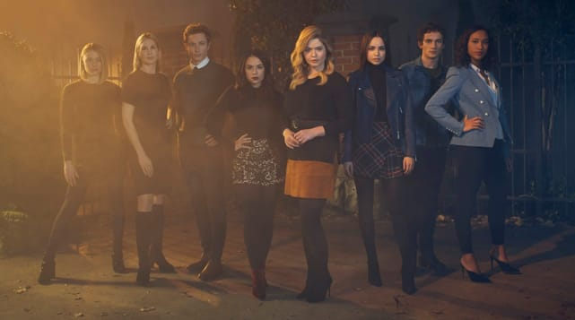Pretty little liars spinoff