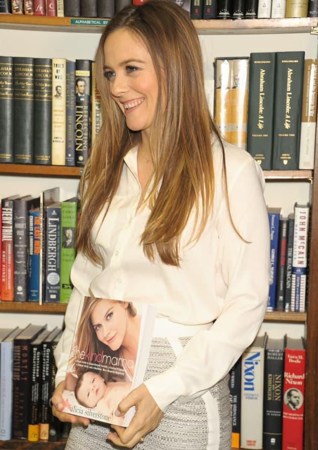 Alicia Silverstone: The Kind Mama