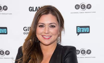Lauren Manzo: Pregnant with First Child!