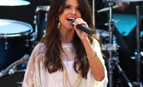 Selena Gomez Miscarriage Report
