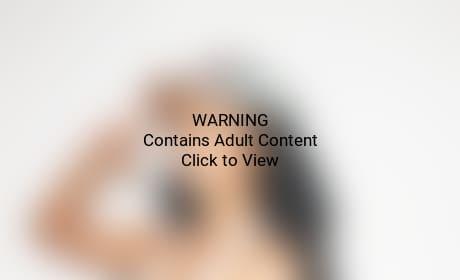 Nicki Minaj: No Pants Pic