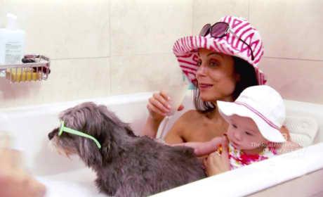 Bethenny in the Bath