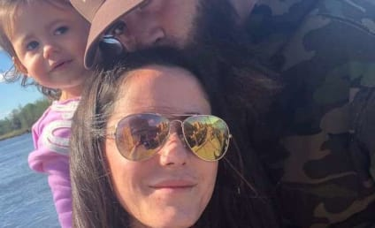 Jenelle Evans Defends Husband, Claims Everything is Peachy Keen