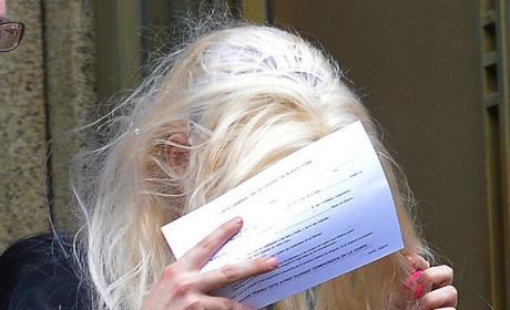 Amanda Bynes Covering Face