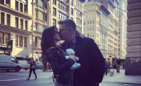 Alec and Hilaria Baldwin kissing