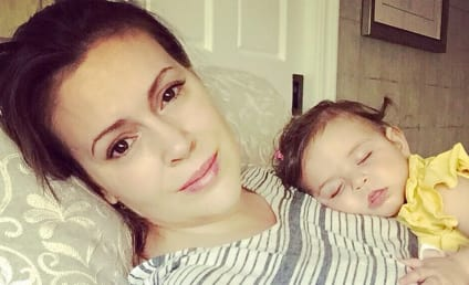 Alyssa Milano Bashes British TSA Agents for Confiscating Breast Milk