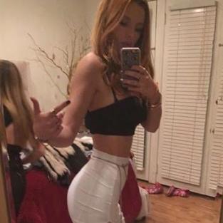 Bella Thorne Skirt Selfie