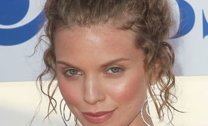 AnnaLynne McCord Admits to Sexual Assault, Hopes to Help