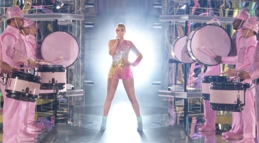 """Taylor Swift Performs """"Me"""" at the 2019 Billboard Music Awards"""