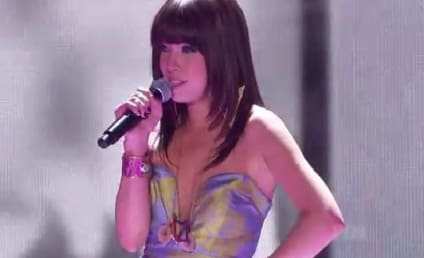 Carly Rae Jepsen at the Teen Choice Awards: Call Her Maybe!