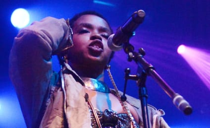 Lauryn Hill Signs Record Deal, Denies Squatting Reports