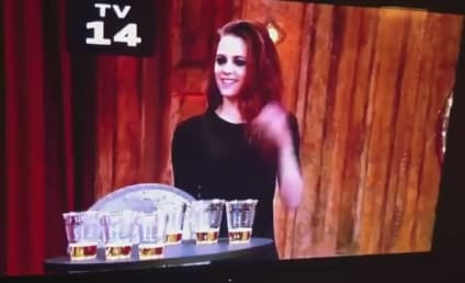 Kristen Stewart Plays Giant Quarters, Chugs Beer on Jimmy Fallon Live