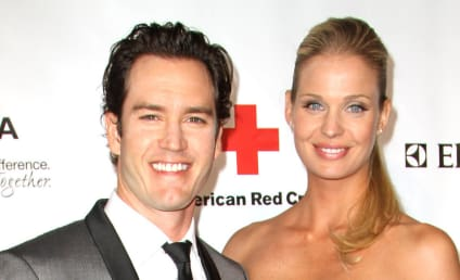 Mark-Paul Gosselaar and Catriona McGinn: Married!