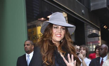 Hi, Khloe Kardashian