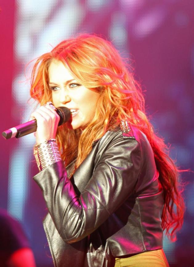 Cyrus in Concert