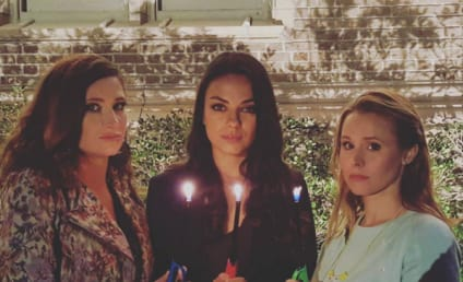 "Kristen Bell & Mila Kunis on Instagram: ""Praying for Kanye""!!"