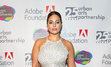 Ashley Graham: Check Out My Bagels!