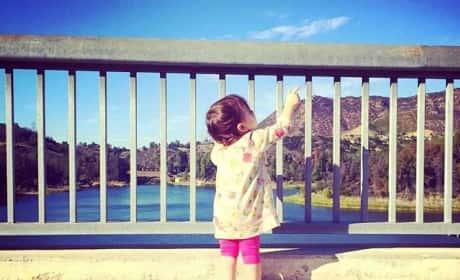 Ashton Kutcher: First Photo of Daughter Wyatt?