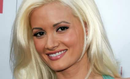 """Holly Madison: Snooki is an Awesome """"Pickle Sucker!"""""""