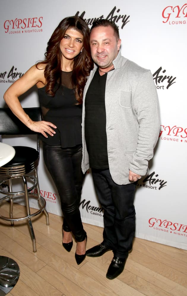 Teresa Giudice Accused of Cutting Ties With Joe at Crucial