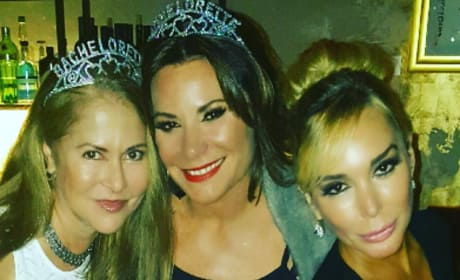 LuAnn DeLesseps Parties With Gal Pals