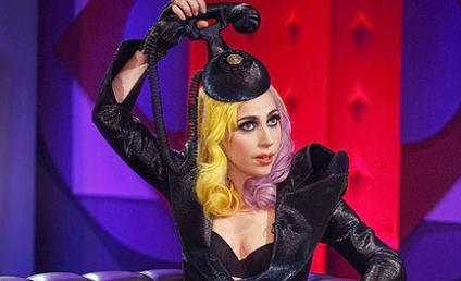 Lady Gaga Fashion Watch: Hair Phone Reloaded!