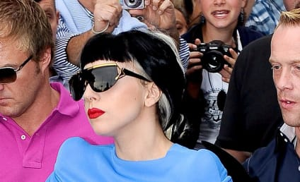 Lady Gaga Debuts New, Tri-Colored Hairstyle