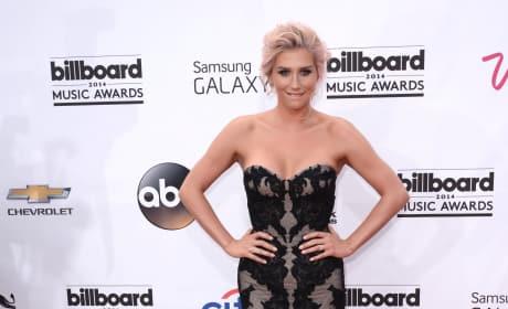 Kesha at the Billboard Music Awards