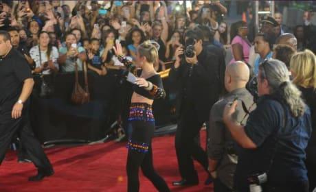 Liam Hemsworth to Dump Miley Cyrus?