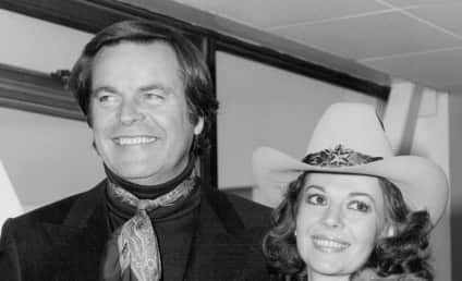 """Natalie Wood Death Certificate Officially Changed to Include """"Undetermined Factors"""""""