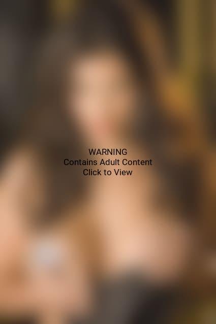 Topless Kim