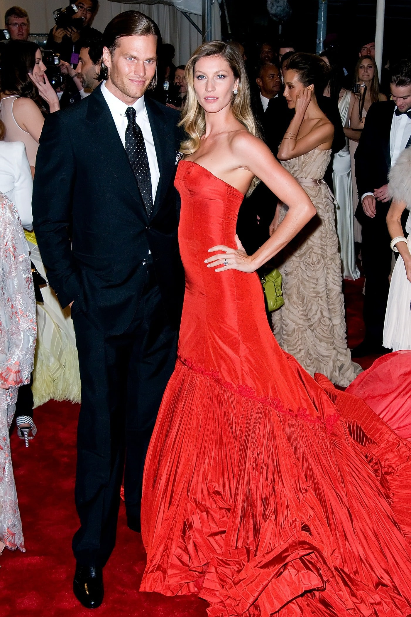 Tom Brady, Gisele Bundchen: Engaged! - The Hollywood Gossip