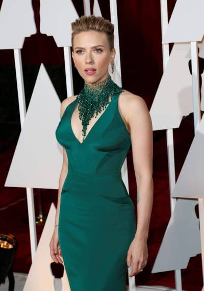 Scarlett Johansson at the 2015 Oscars