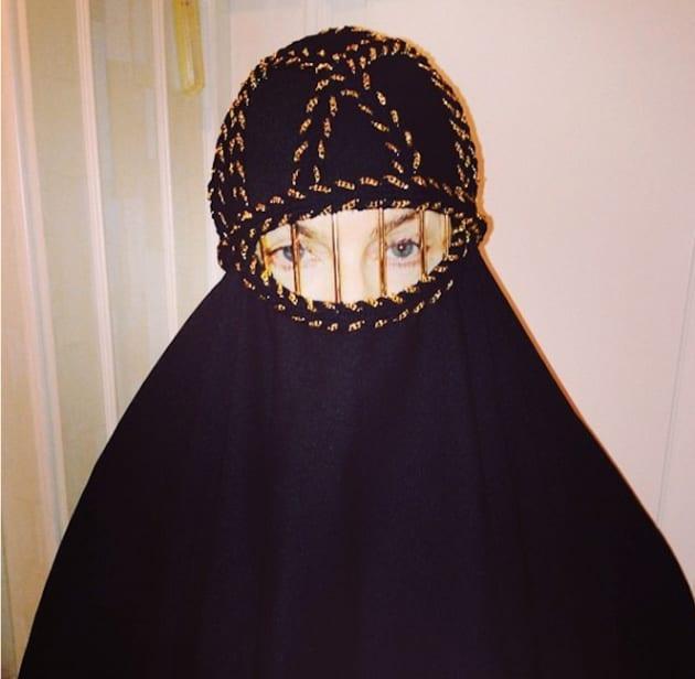 Madonna Burqa Photo