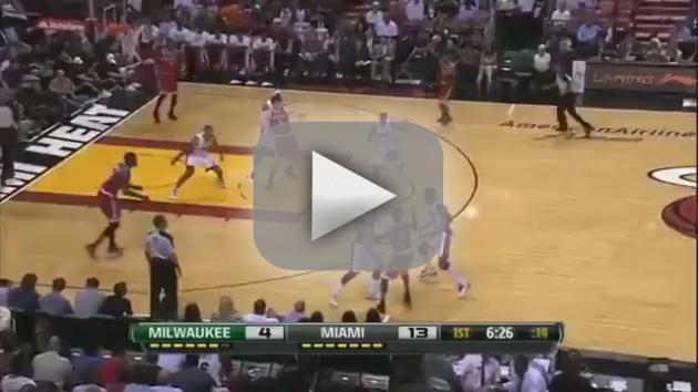 LeBron James Dunk: Self Alley-Oop!
