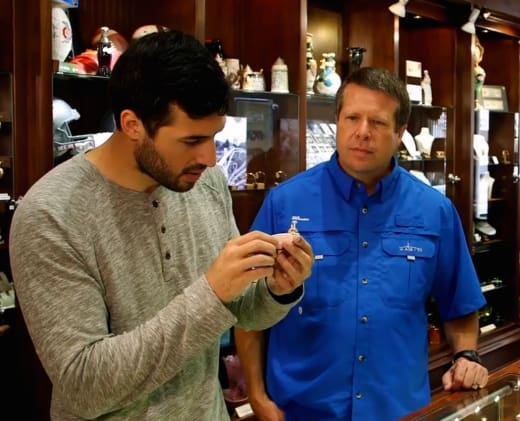 Jeremy Vuolo and Jim Bob Duggar Try Out Rings