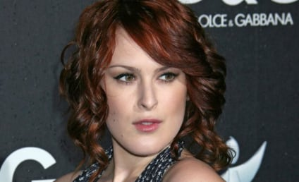 Rumer Willis (or Scout Willis) is a Half-Nude Dunce