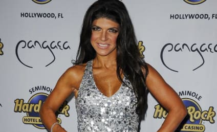 Teresa Giudice Talks Strip Searches & Girl-on-Girl Inmate Action in New Memoir