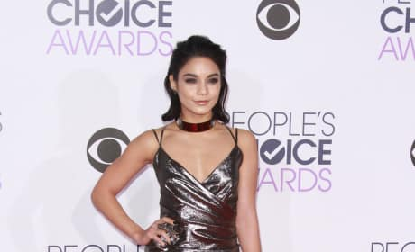 Vanessa Hudgens: 2016 People's Choice Awards