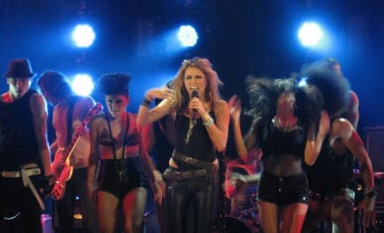 Miley Cyrus: I Empower Women!