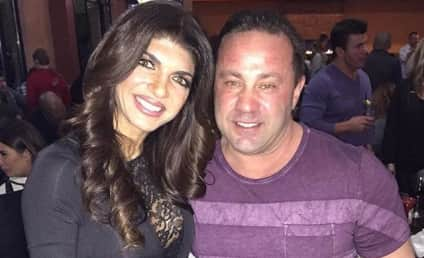Joe Giudice: Sexting Teresa Giudice From Behind Bars?!