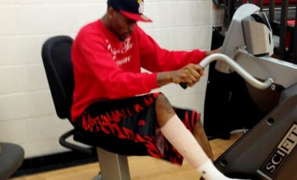"""Kevin Ware Tweets Rehab Photo, Vows to """"Endure and Conquer"""""""