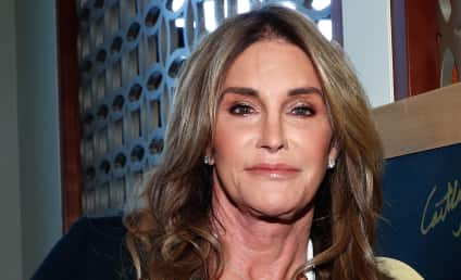 Caitlyn Jenner: Shunned By Kardashians For Supporting Trump?!