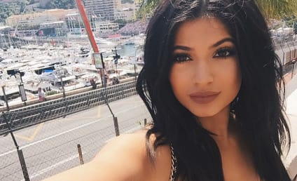 db3f22799e Kylie Jenner  Throwing Shade at Blac Chyna on Instagram