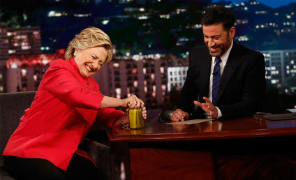 Hillary Clinton Opens Jar of Pickles, Proves She's Healthy