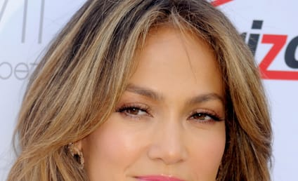 Jennifer Lopez and Taylor Swift to Collaborate on New Single
