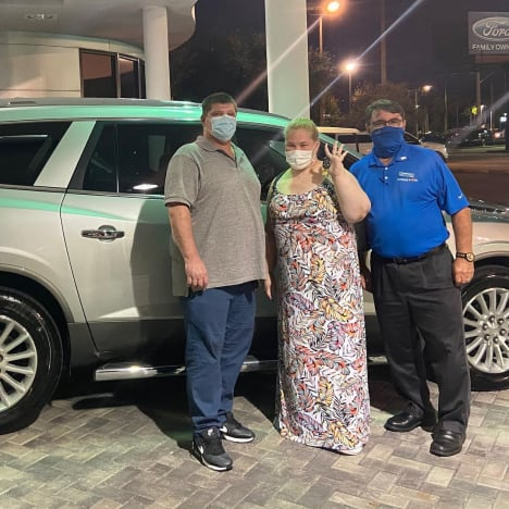 June Shannon and Geno Doak Get a New Car